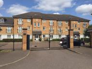 2 bedroom Flat in Stafford Close, Oakwood...