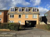 Flat to rent in Somerset Road, Barnet...