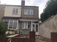 2 bedroom End of Terrace house in Birmingham Road...