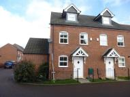 3 bed property to rent in Rowans Crescent...