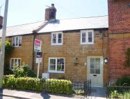 Cottage to rent in North Street, MARTOCK