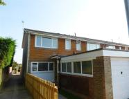3 bedroom property in Thatcham Park, YEOVIL