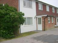 2 bedroom Flat to rent in Edenbridge, Kent