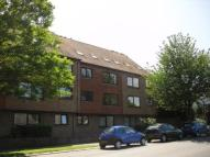 2 bed Flat in River Court, River