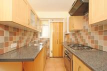Apartment to rent in Errol Gardens New Malden...