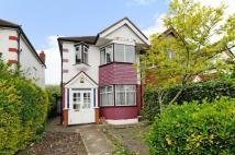 property to rent in Central Road Morden SM4