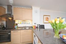 2 bedroom Apartment in Melbury Gardens Raynes...