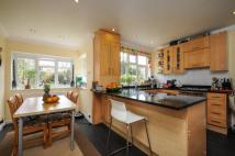 house to rent in Holland Avenue Raynes...