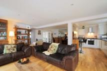 4 bedroom home to rent in Westcoombe Avenue London...