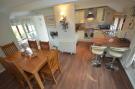 Annexe Kitchen Di...