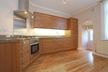 Maisonette to rent in Idlecombe Road, London...