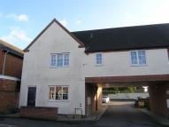Ground Flat to rent in Park Road, Leicester...