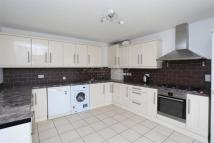 4 bed Detached house to rent in Brentford, TW8