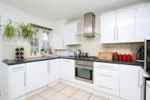 4 bed Detached property to rent in Brentford, TW8