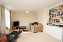 2 bed Detached property to rent in Grove Park, W4