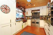 3 bedroom Detached property to rent in Chiswick Quay, W4