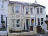 4 bedroom Terraced property in Large Family Home Close...