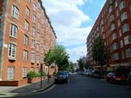 Flat Share in Arthur Court Queensway...