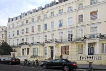 Flat Share in Radford House Pembridge...