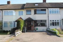 3 bedroom house to rent in Pentire Close, Upminster...