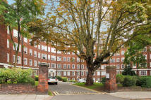 1 bedroom Flat in Eton College Road...