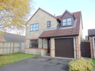 4 bed semi detached house in Mackintosh Court...
