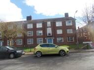 Flat to rent in Hampden Gardens...