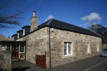 Terraced house in Hermiston Gate Edinburgh