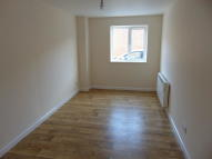Ground Flat in Junction Road, Totton...