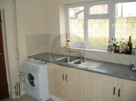 6 bed semi detached home to rent in Portswood Road...