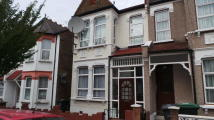 4 bed Terraced property in Maryland Road...