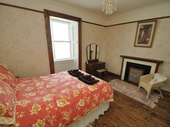 Cottage 1 - Bedroom 1