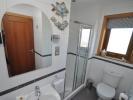 Guest bedroom 2 En-suite