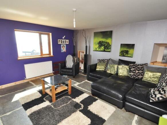 Well's Cottage - Bedroom 2/Living room 2