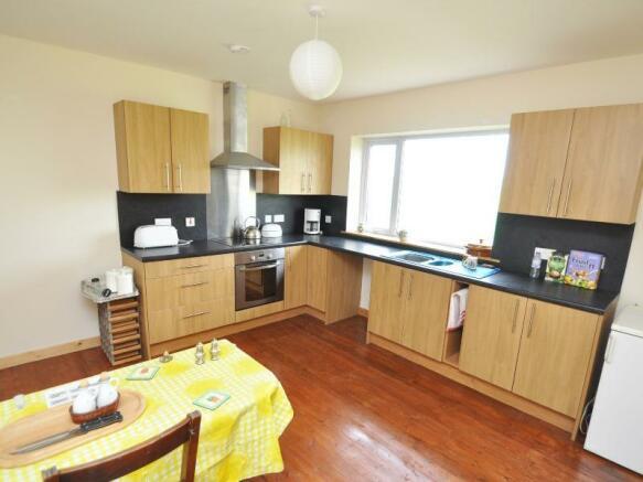 Cottage 2 - Kitchen