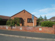 Detached Bungalow to rent in Swallow Drive, Louth...