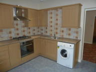 Ground Flat to rent in Riverhead Road, Louth...