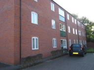 Ground Flat to rent in Forlander Place, Louth...