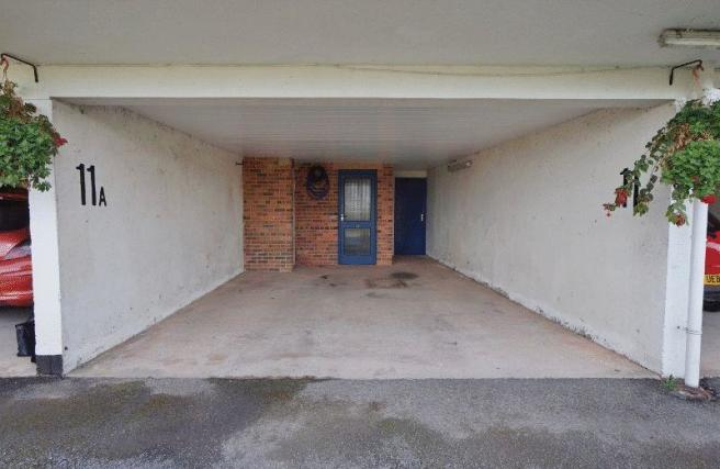 Entrance/Parking