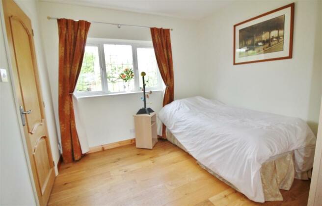 Bedroom 6 Guest Room.JPG
