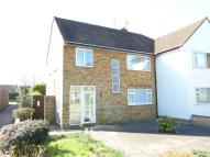 2 bedroom Maisonette in STATION CLOSE...