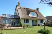3 bed Detached home for sale in Beach Gardens, Selsey...