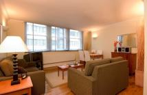 Flat to rent in Vine Street, London, EC3N