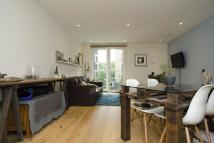 Flat to rent in Hoxton Wharf...