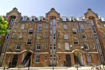 3 bed Flat to rent in Walton House...