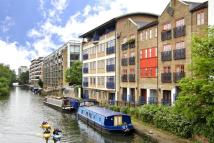 Flat in Baltic Place, London, N1