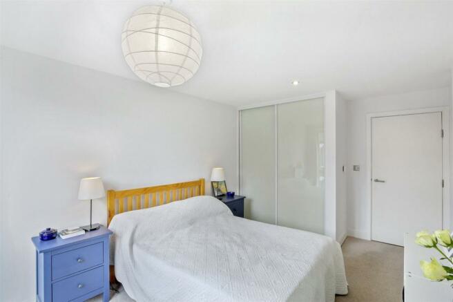 Bedroom View4-