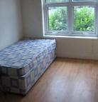 Studio flat to rent in Bearwood Road...