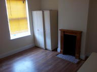 3 bed Terraced property in Lightwoods Road...