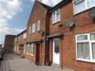 3 bedroom Apartment to rent in Edgware Way, EDGWARE